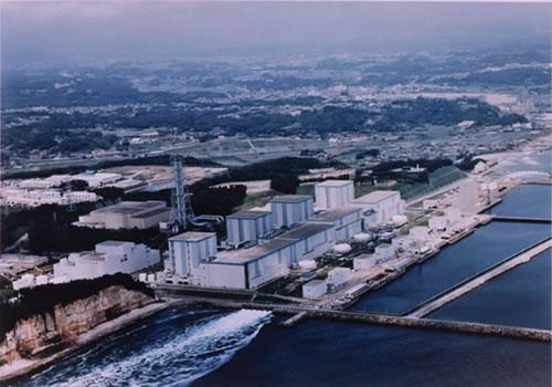 Fukushima nuclear plant 07 April 2011.JPG